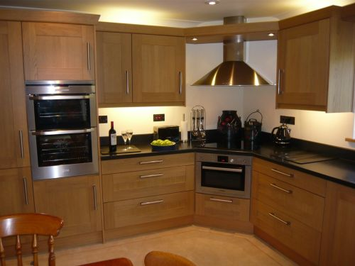 Full Hob Kitchen ~ Our work expression kitchens and bedrooms